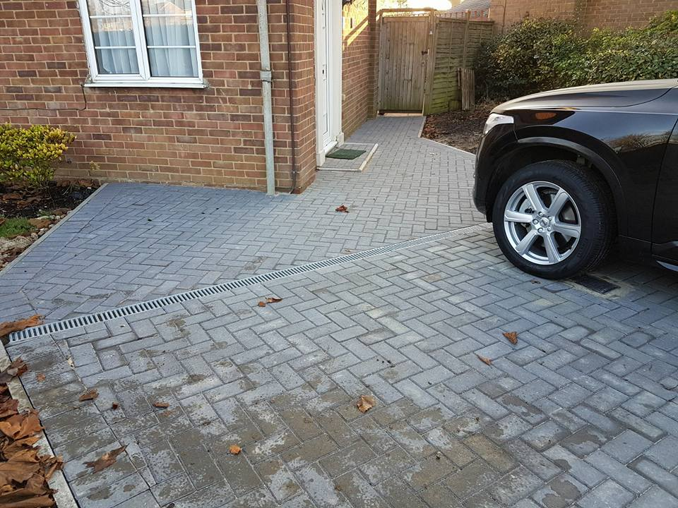 Brickwork  Driveways 001